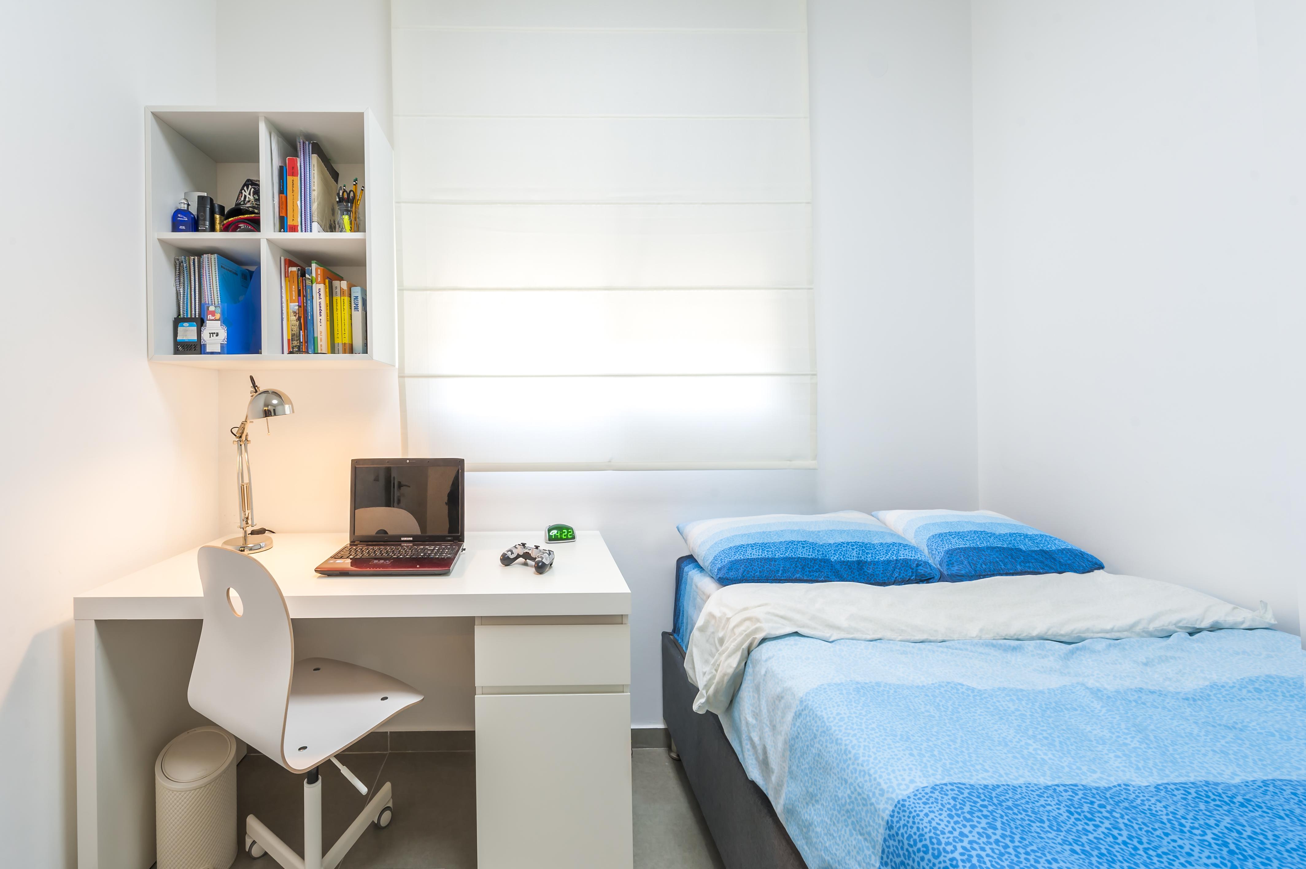 חדר שינה לנוער פרקטי ומעוצב