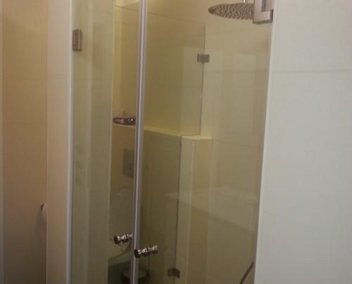עיצוב מקלחון בחדר אמבטיה